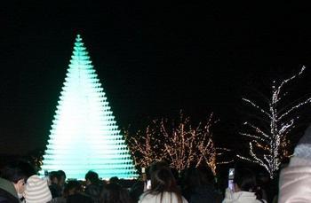 ピラミッドイルミネーション.jpg